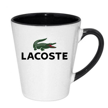 kruzhka latte s tsvetnoy ruchkoy